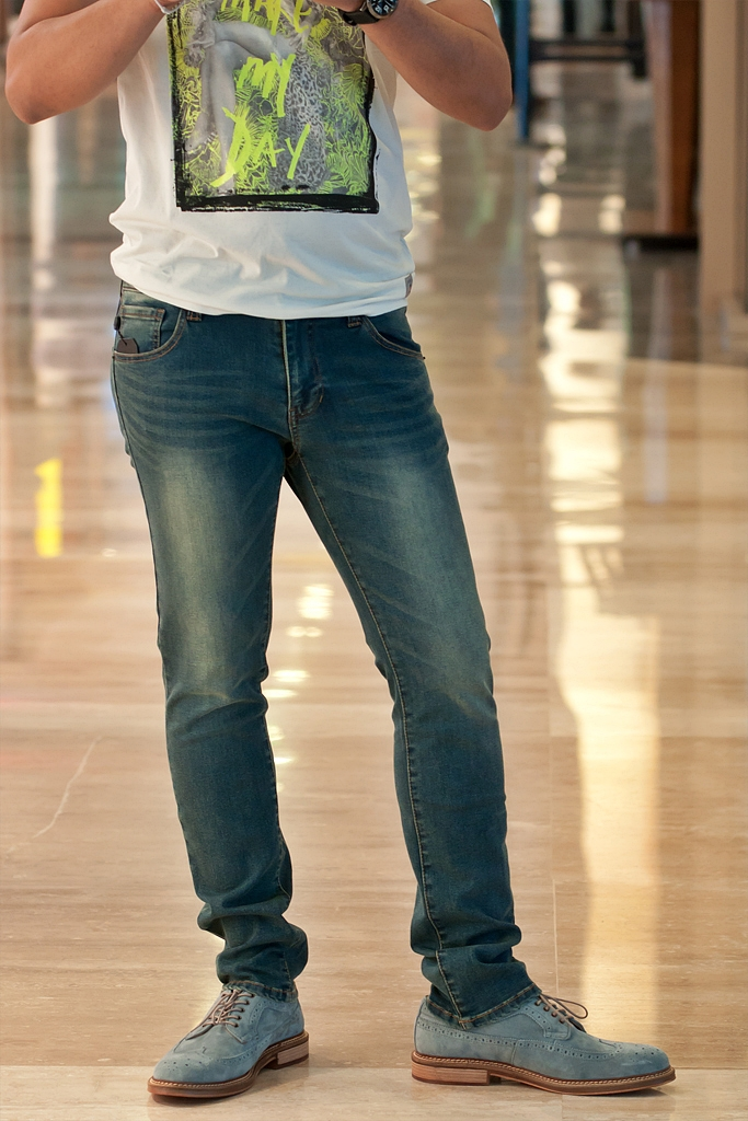 The Grooming Guru S Five Commandments For Men S Jeans