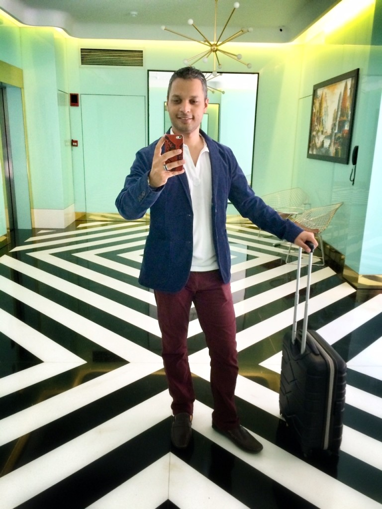 If you're lucky enough to be travelling in First or Business Class, or if you're going to a destination that might be cold when you land, I suggest you sport a chic semi-formal blazer, a denim jacket or even a fitted bomber jacket.