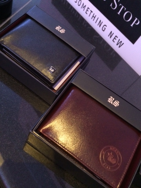 Leather wallets from this collection tended to be rather subtle, in shades of brown and black.