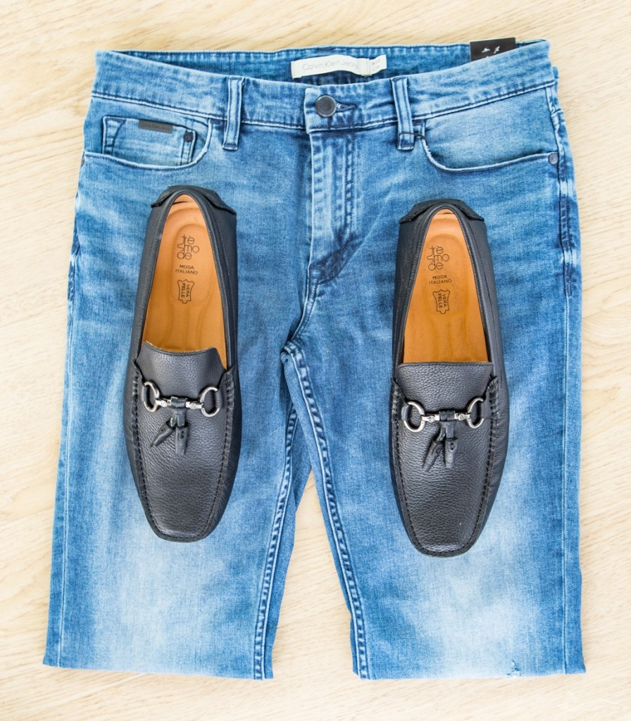 This is a classic combination and you can never go wrong. Sport a pair of fitted blue jeans, paired with soft leather loafers. For the top, your possibilities are endless, but I personally always love a nice checked made-to-measure shirt with a jeans+loafers combo.