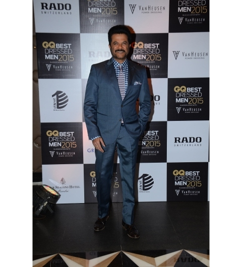 Looking dashing in a Hugo Boss suit and a gingham checked shirt by Thomas Pink was Anil Kapoor. I didn't much care for his striped Thomas Pink tie, but his Brooks Brothers tie square completed the look effortlessly.
